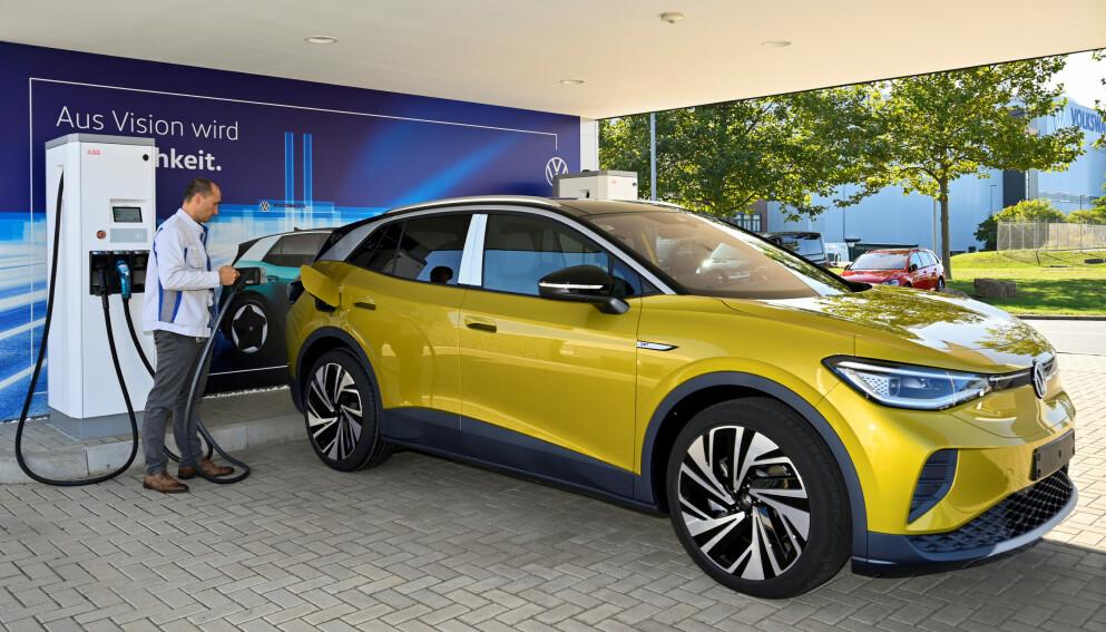I GODT SIG: Importøren har som mål at VW ID.4 skal bli Norges mest solgte bil i år. Den er godt i rute. REUTERS/Matthias Rietschel/File Photo