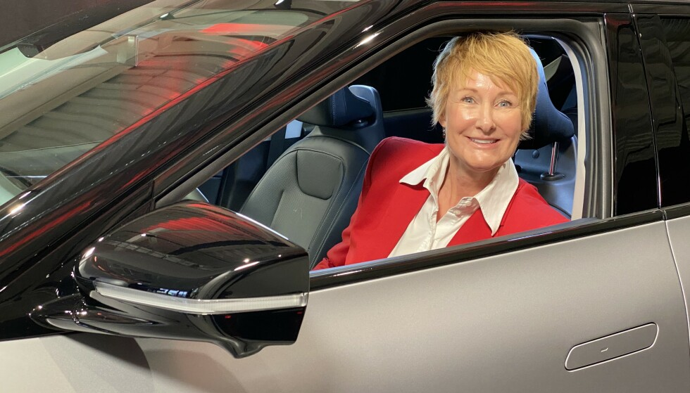 FORNØYD: Kia-sfjef Irene Solstad er svært fornøyd med responsen på den nye elbilen. Foto: Fred Magne Skillebæk