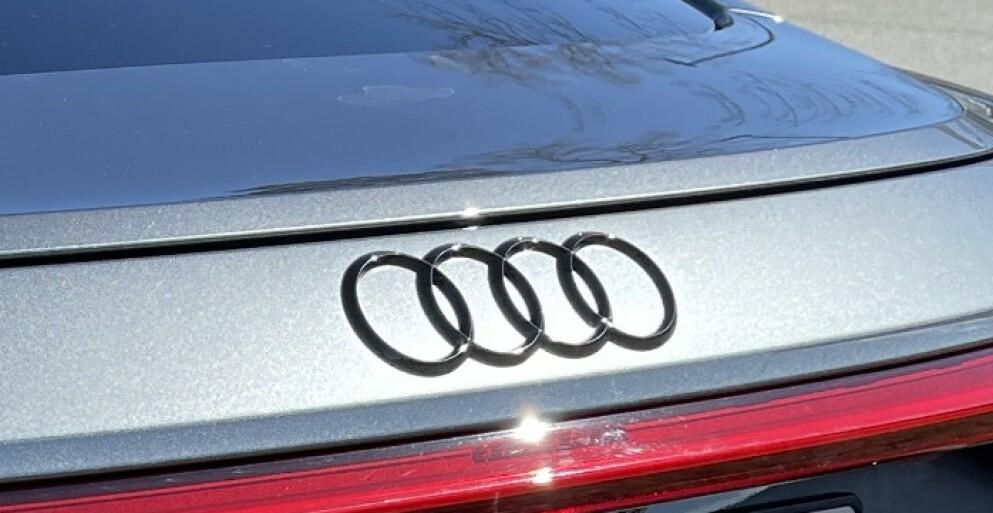 FULLSTAPPET AV ELEKTRONIKK: Mangelen på halvledere og mikrobrikker har blitt en alvorlig bremsekloss for bilindustrien. Denne gangen er det Audi som melder om problemer. Foto: Bjørn Eirik Loftås