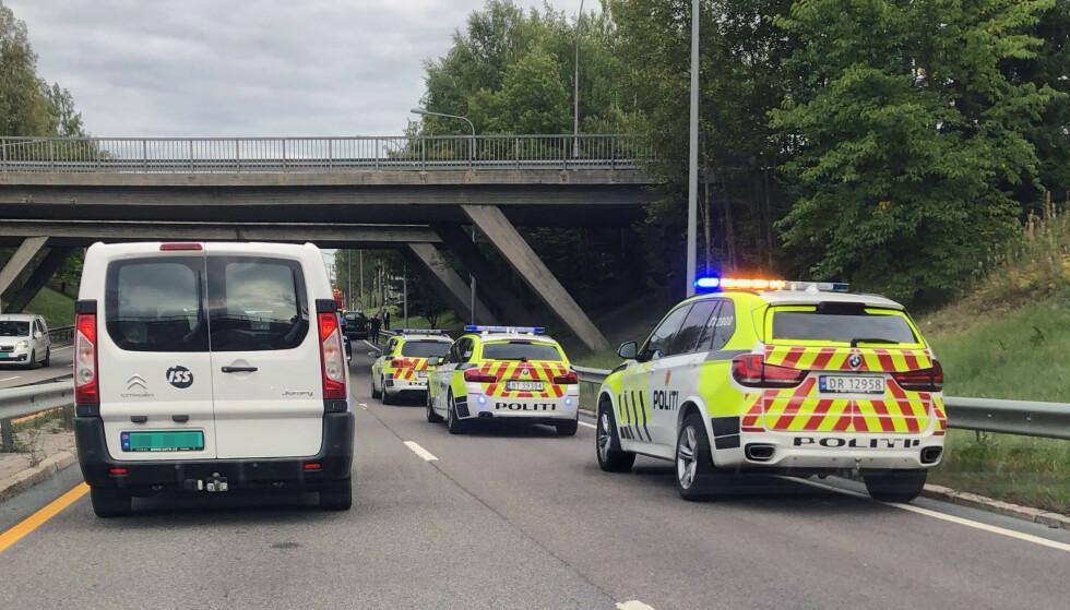 TRYGGERE: De siste seks årene har Norge hatt den laveste dødsrisikoen på veiene, ifølge Statens vegvesen. Bildet er fra et trafikkuhell på Østre Aker vei i Oslo i 2018. Ingen ble alvorlig skadet. Foto: Bjørn Eirik Loftås