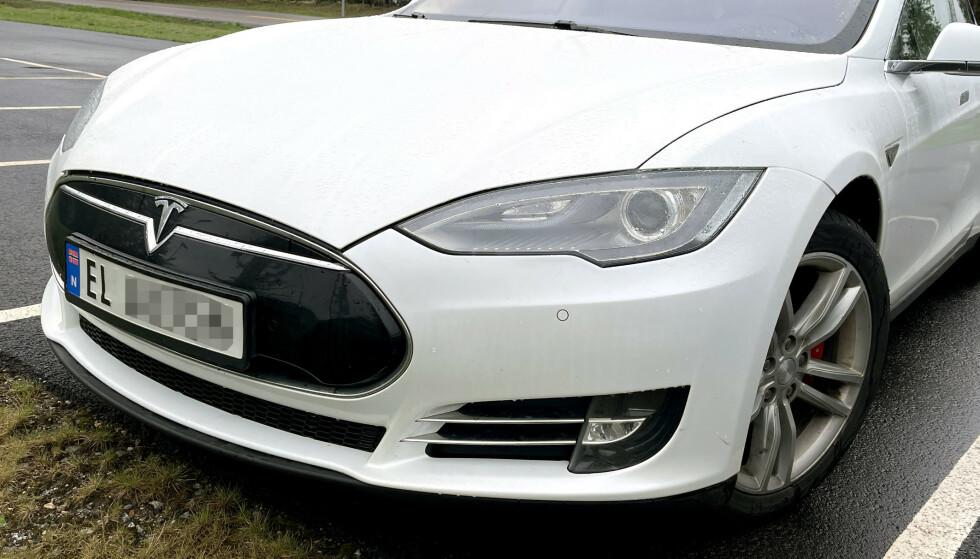 2013-2015: Dommen omfatter 30 Model S kjøpt i tidsrommet 2013-2015. På bildes ses en 2014-modell. Foto: Bjørn Eirik Loftås