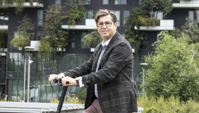BEKREFTER: Sjefen for Fiat, Olivier Francois, annonserte selv nyheten. Foto: FCA