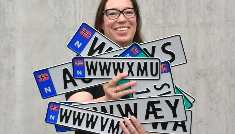 MANGE FORMER OG STØRRELSER: Personlige bilskilt kommer nå i seks forskjellige størrelser. Foto: Statens vegvesen