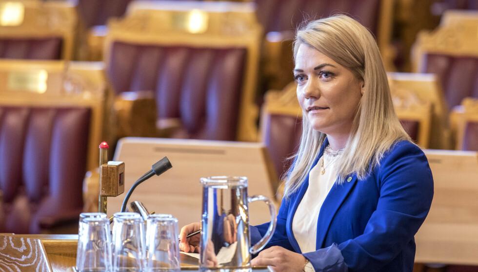 Senterparti-topp Sandra Borch sier at det ikke er aktuelt for hennes parti å gå med på et fossilbil-forbud. Foto: Ole Berg-Rusten / NTB