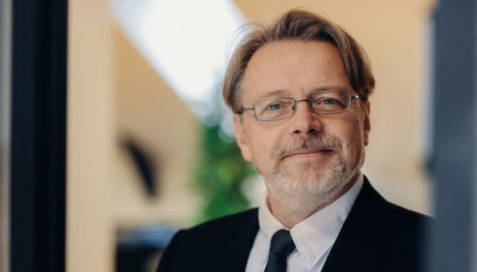 IKKE FRITT FRAM: Fagdirektør teknologi hos Datatilsynet, Arne Årnes, advarer virksomheter mot å bruke personopplysninger uten samtykke. Foto: Ilja Hendel/Datatilsynet