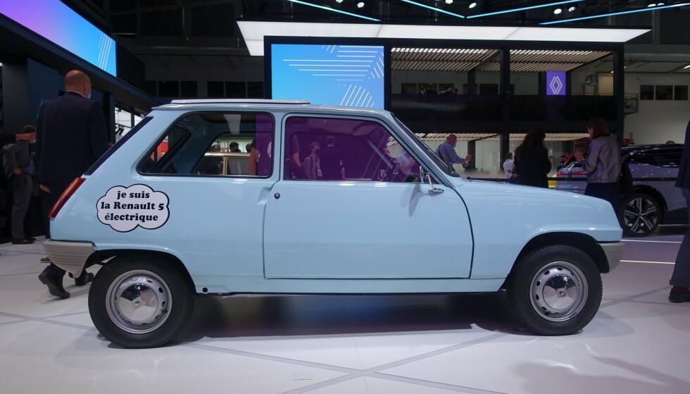 DEN FØRSTE: Den nye Renault 5 er derimot ikke den første elbilen, for de har også tidligere lekt med tanken. Foto: Fred Magne Skillebæk