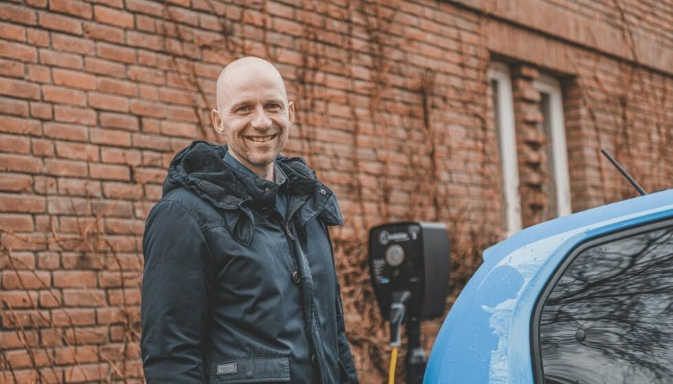 PRIORITERES IKKE: Ladeklar og daglig leder Stian Bjørhei, får ofte høre fra borettslag og sameier at de ikke prioriterer etablering av ladepunkter. Foto: Ladeklar