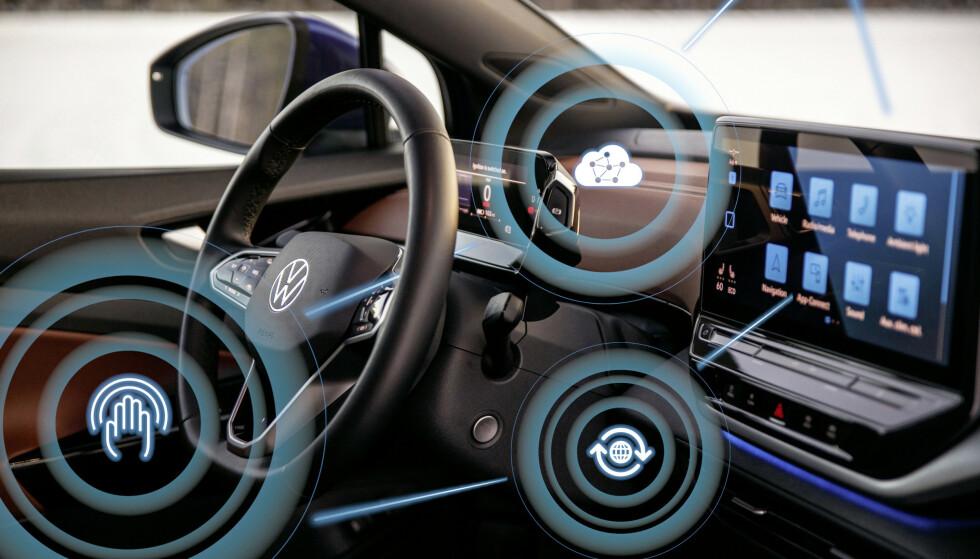 OVER THE AIR: Fremover skal bilene i ID-familien få nye OTA-oppgraderinger rundt hver 12. uke, lover Volkswagen. Illustrasjon: VW