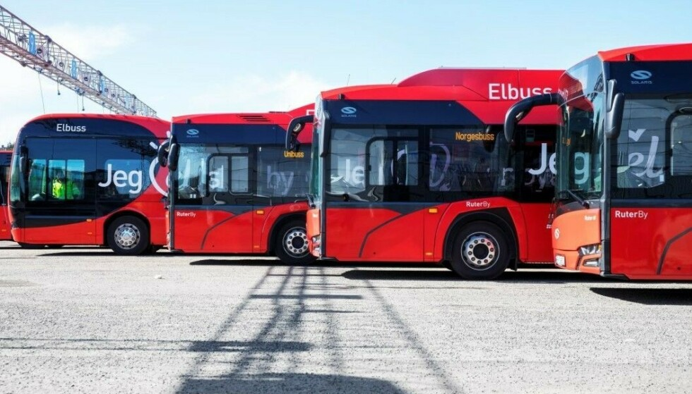 ELBUSSER: Allerede i 2023 skal det rulle nesten bare elbusser i Oslo. Foto: Ole Berg-Rusten / NTB