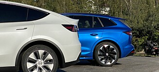 Tesla Model Y i test mot Skoda Enyaq Sportline