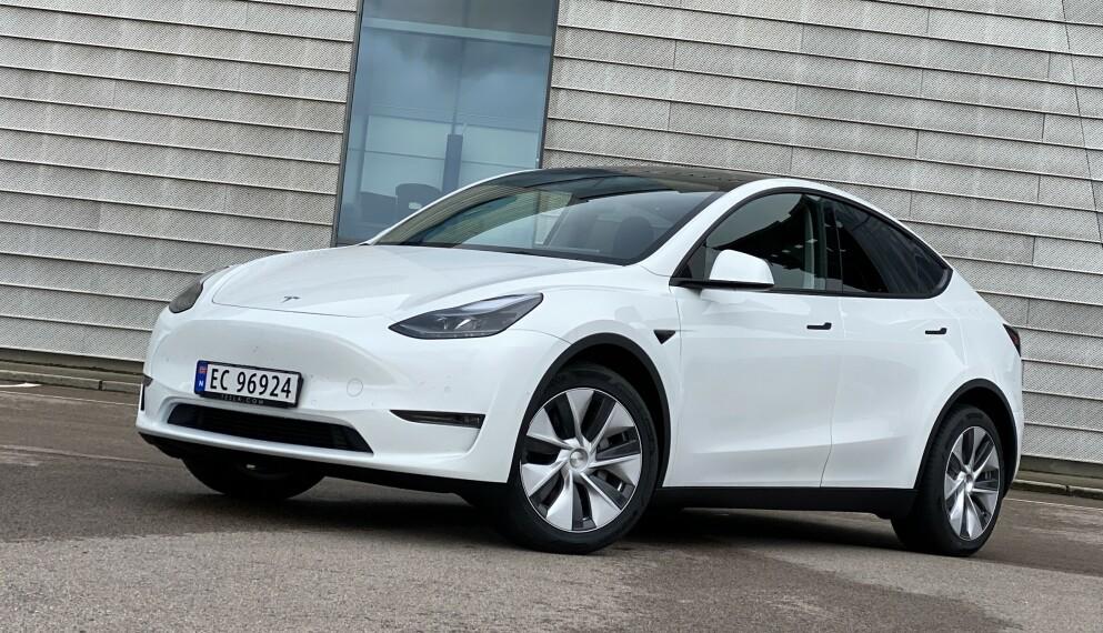 BESTSELGER: Tesla Model Y er månedens mest solgte bil to måneder på rad. Foto: Fred Magne Skillebæk