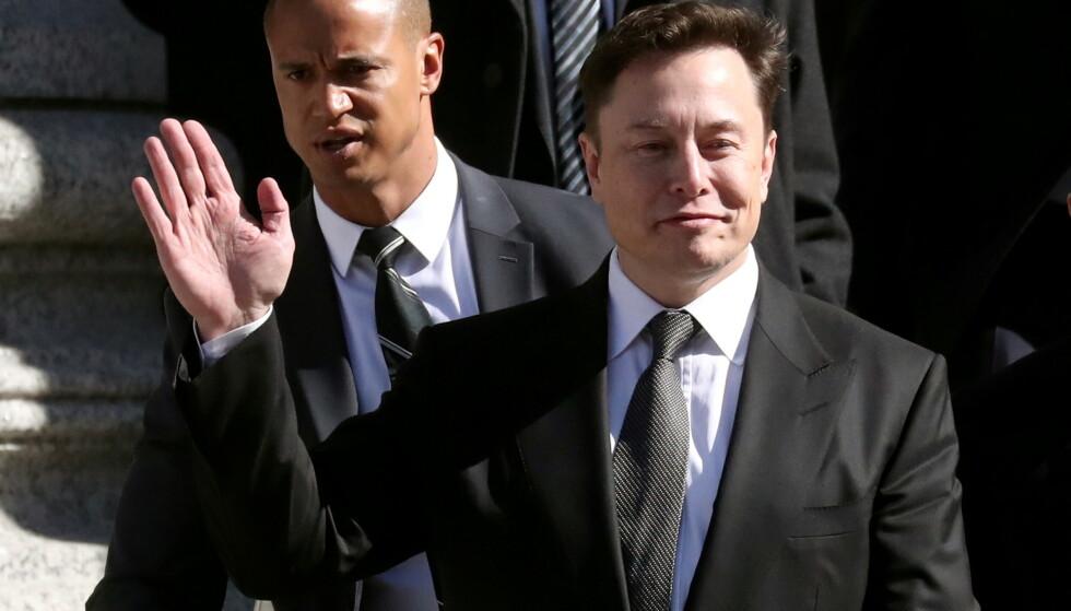 Elon Musk og Tesla må ut med 137 millioner dollar i erstatning etter at en tidligere ansatt tok selskapet til retten for rasisme. Foto: Shannon Stapleton//Reuters/File Photo