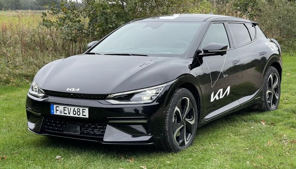 SPORTSLIG: Kia EV6 omtales gjerne som det sportslige søskenbarnet til Ioniq 5 fra Hyundai. Foto: Bjørn Eirik Loftås