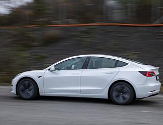 Image: Tysk Tesla-tabbe – mann kjøpte 28 biler ved et uhell