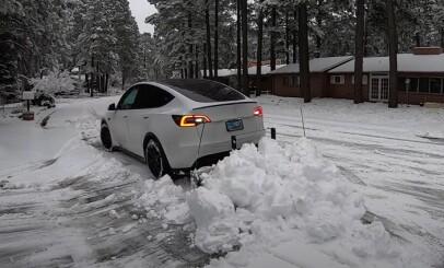 Image: Lei av snømåking? Sjekk denne Tesla-løsningen ...