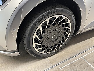 Image: Nye dekk? Dette bør elbil-eiere se etter