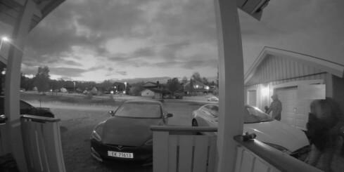 Image: Her stjeler tyvene Sondres Tesla