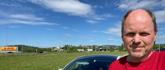 Image: Morten stolte på bilen: Fikk 10.850 kroner i bot