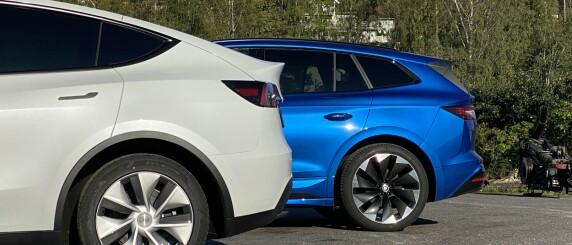 Image: TEST: Tesla Model Y mot Skoda Enyaq Sportline