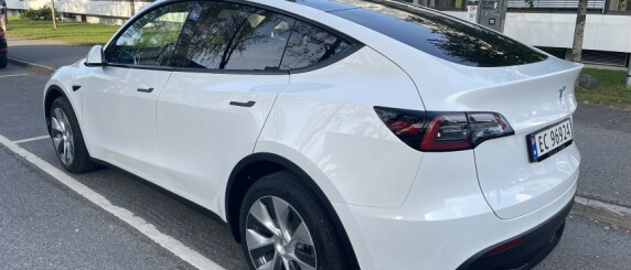 Image: Voldsomme Tesla Model Y-tall