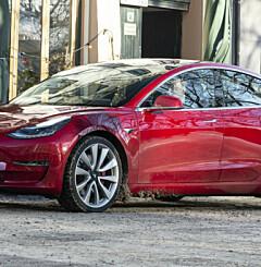 Image: Historisk dag: Hertz kjøper 100.000 Teslaer